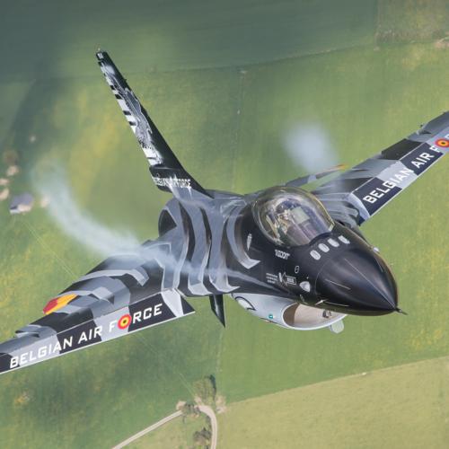 Dark Falcon – F-16 Demo Team